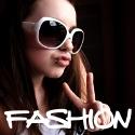 Tutte le immagini e le foto più fashion direttamente dalle passerelle e dalle firme più prestigiose